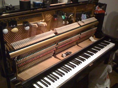 プリペアードピアノ